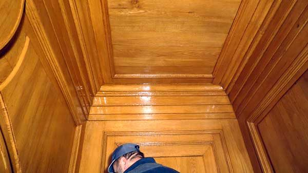 Реставрация дверей тамбура