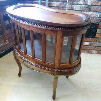 Старинный чайный столик