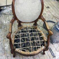 Реставрация кресла и перетяжка