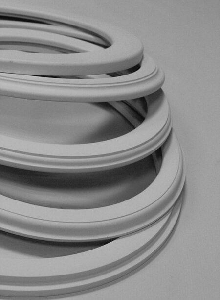Рамки белые для картин и фото