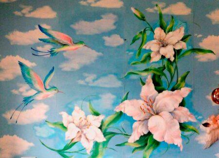 """Роспись на стене""""Лилии и колибри"""""""