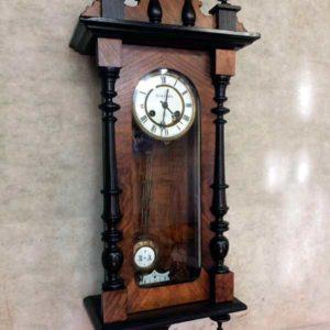 Скупка спб антикварные часы москва продать часы