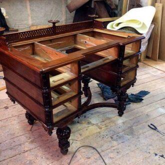 Реставрация письменного стола